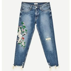 Zara Woman Mid-rise Boy Friend Embroidered Jeans